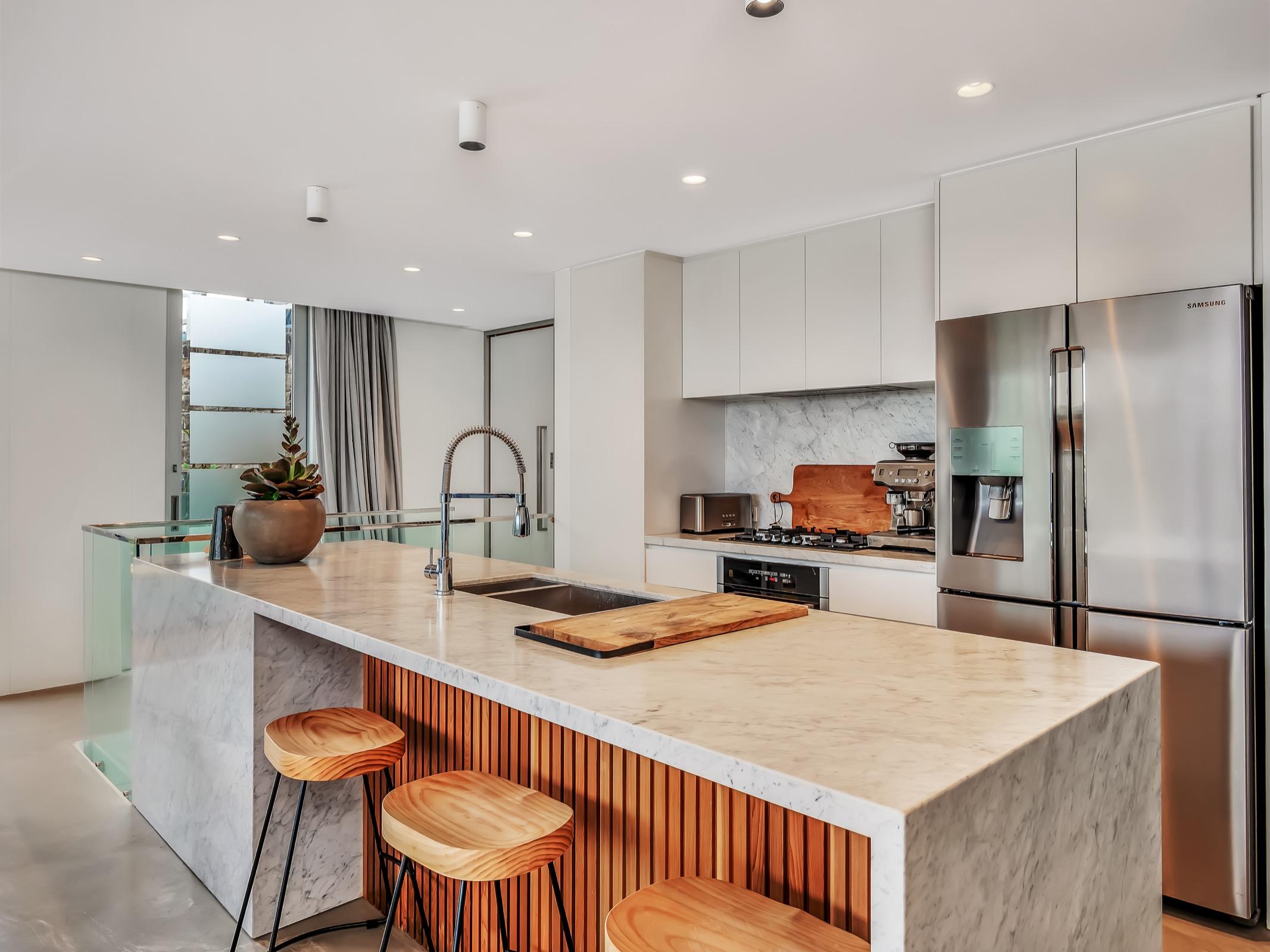 Beachfront Tamarama Residence. Bondi Beach Holiday Homes3.jpg