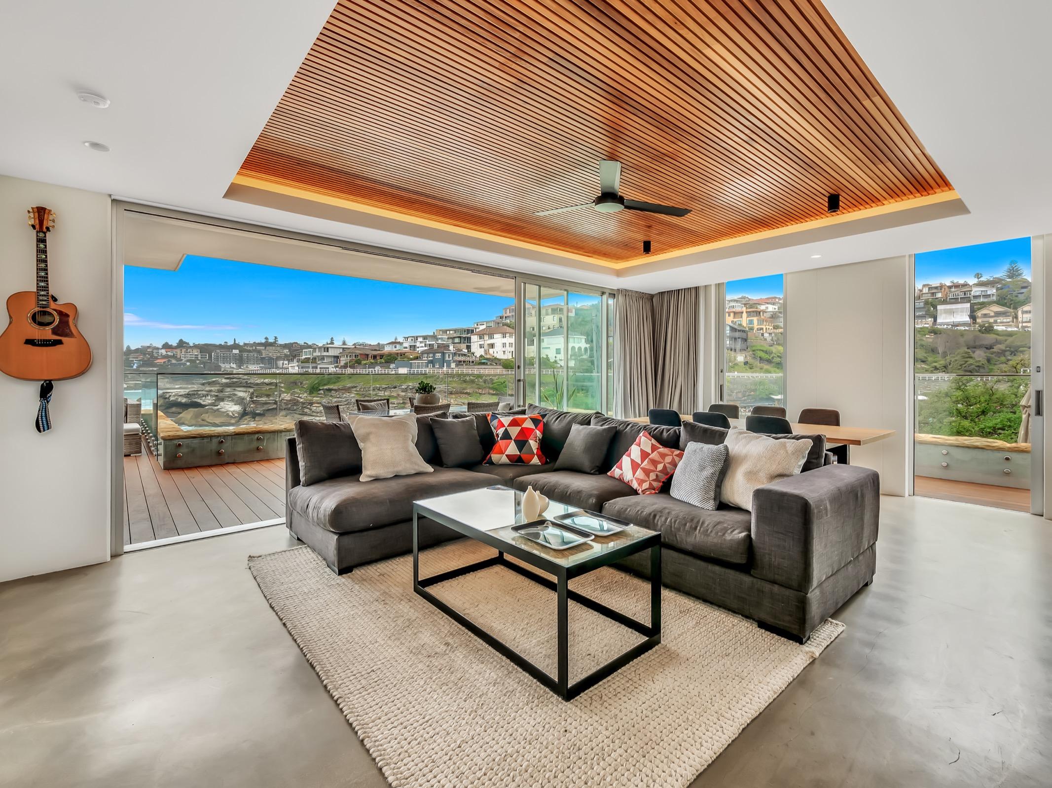 Beachfront Tamarama Residence. Bondi Beach Holiday Homes5.jpg