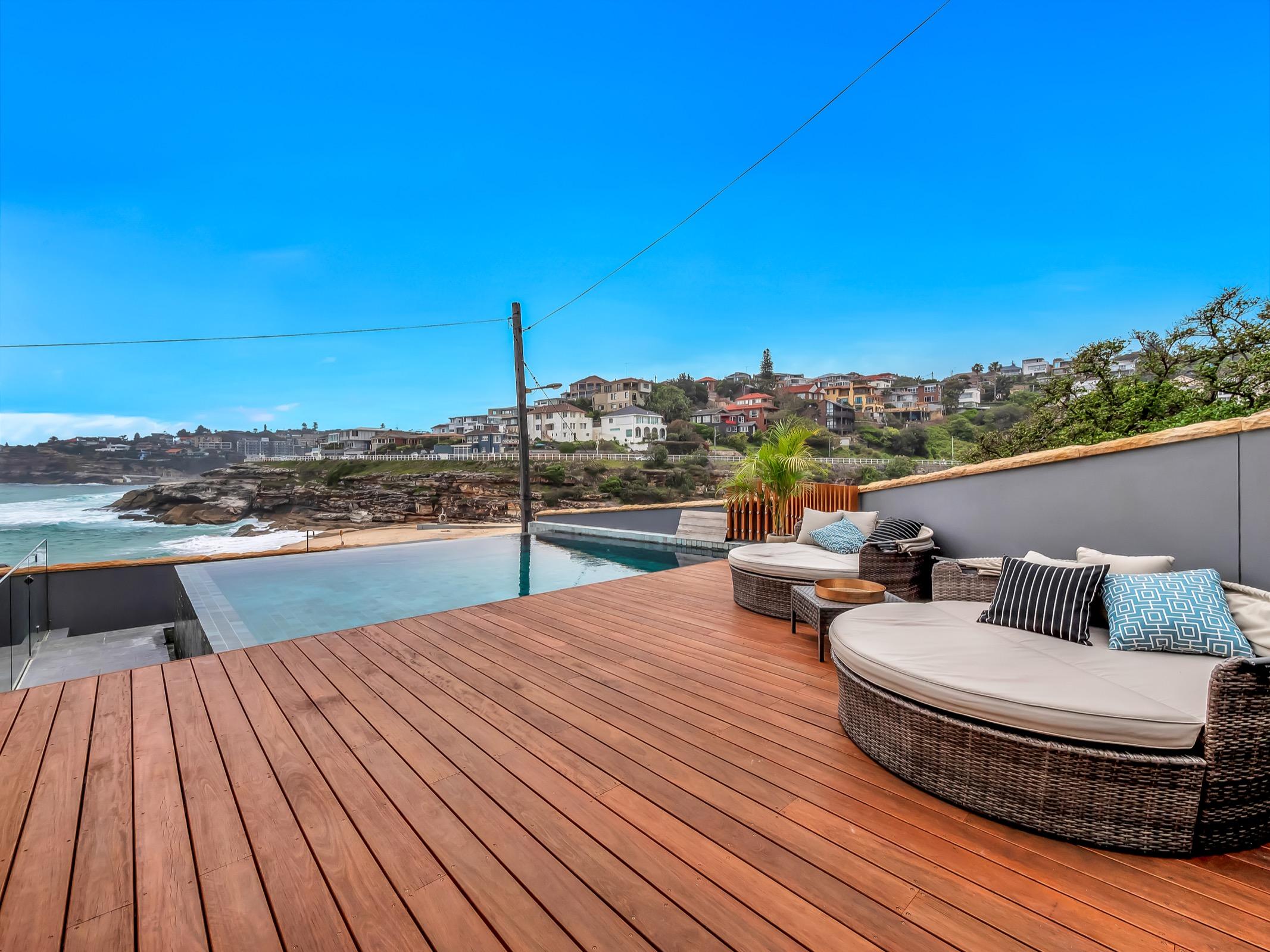 Beachfront Tamarama Residence. Bondi Beach Holiday Homes6.jpg