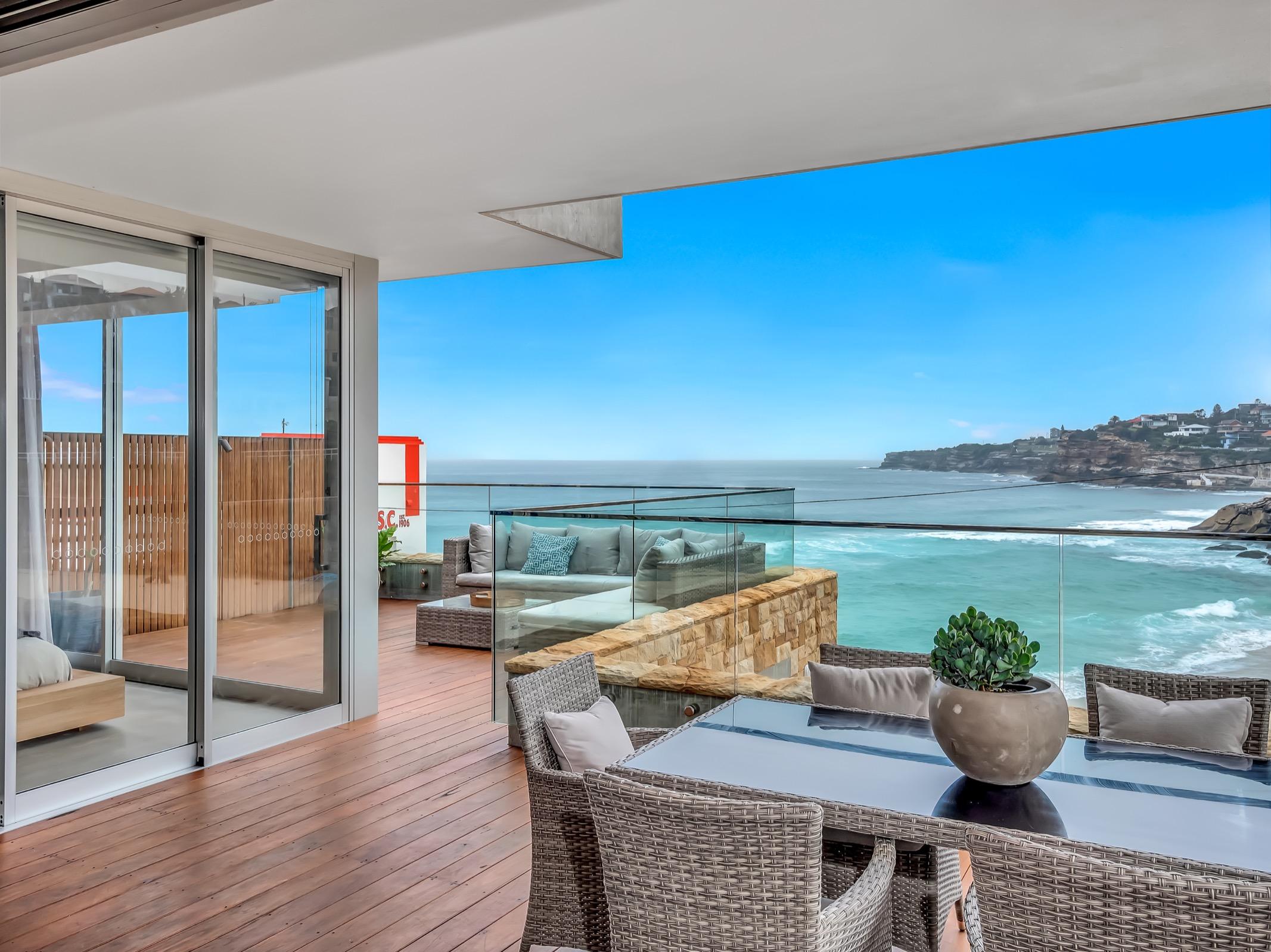 Beachfront Tamarama Residence. Bondi Beach Holiday Homes11.jpg