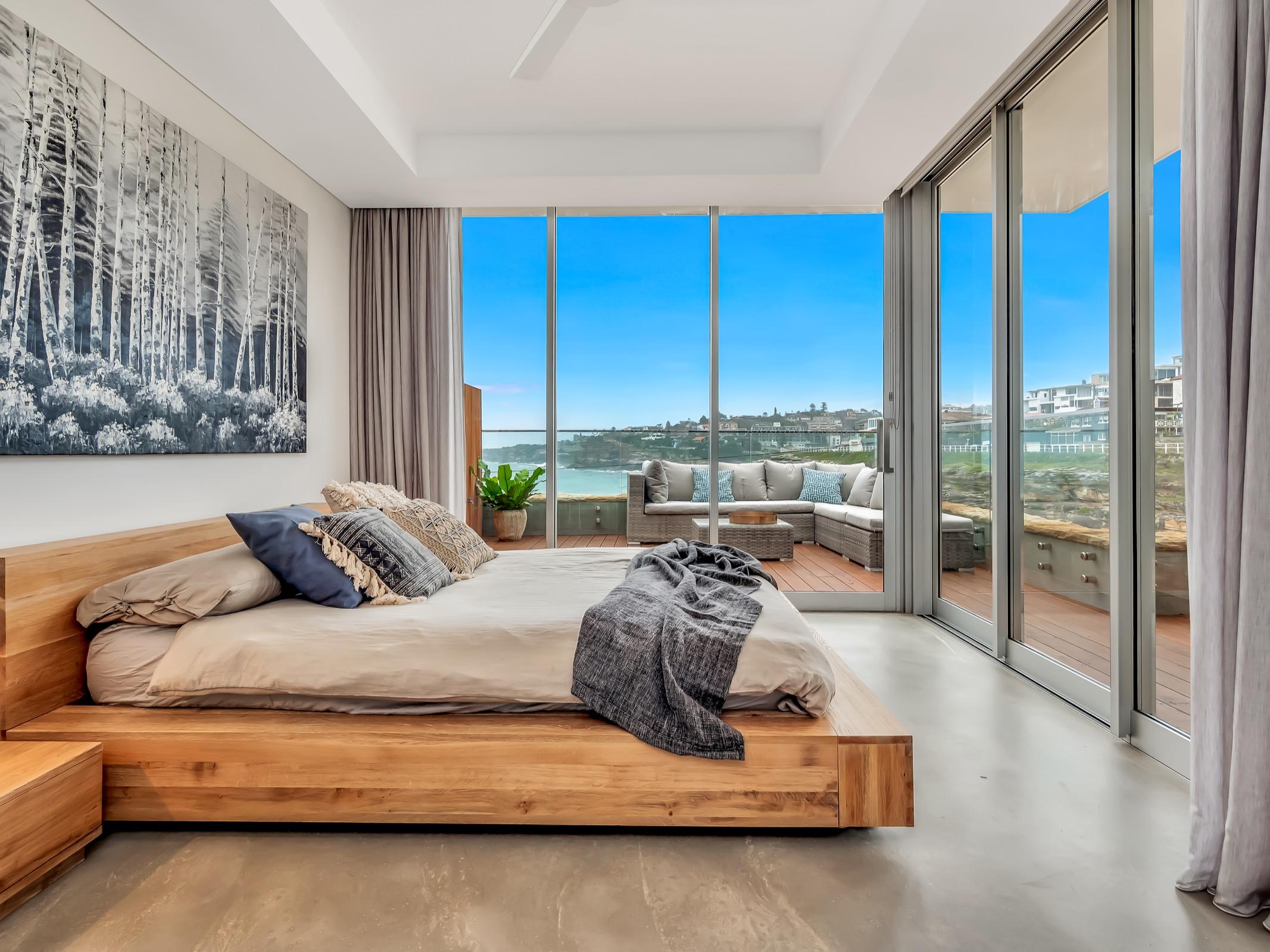 Beachfront Tamarama Residence. Bondi Beach Holiday Homes15.jpg