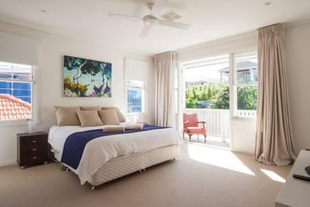 Bondi Beach House2.jpg