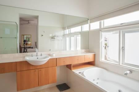 Bondi Beach House5.jpg