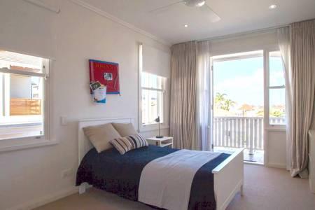 Bondi Beach House10.jpg