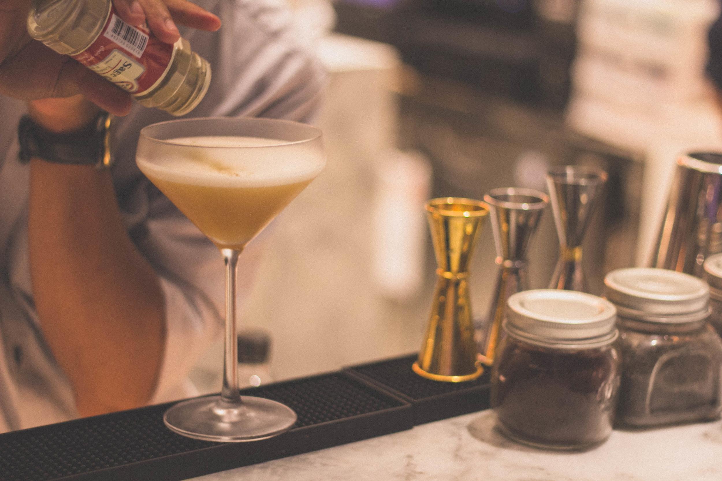 Rent a Bar and Bartender