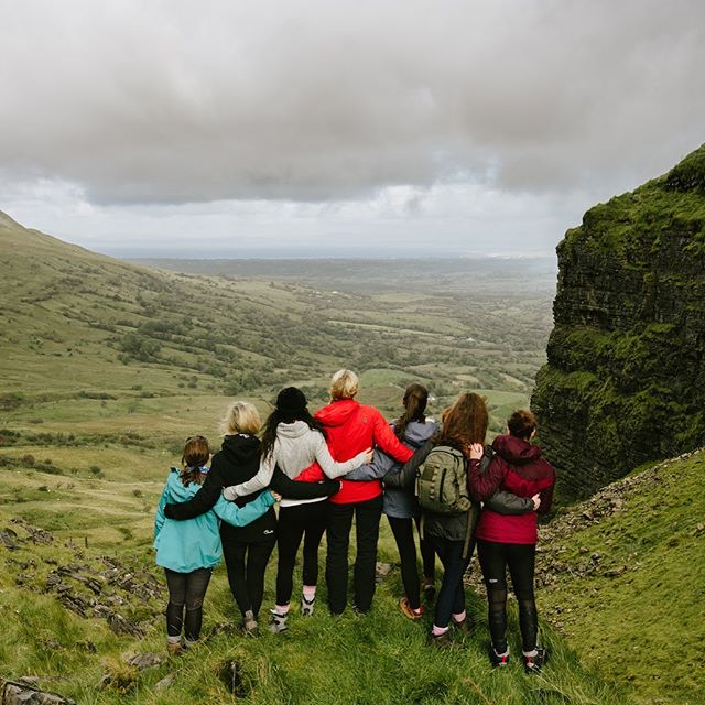 Truly amazing to see our awesome @galzgonewild_sligo tribe grow🌲 We are extremely grateful to have such motivated and dedicated Wild Gal Guides across the country leading our adventures ❤️ Thanks @cazfinn and @loudare for organising these deadly adventures each month for our Sligo mountain babes 🙏🏼🥰 We will be officially reopening up our Wild Gal Guide Applications next month- so if you or someone you know who would be keen to become an official GGW Wild Gal Guide then make sure to apply 😉 Also shoutout to @denisekimages for this beautiful snap on their adventure up Eagles rock on Sunday 👌🏼🌞