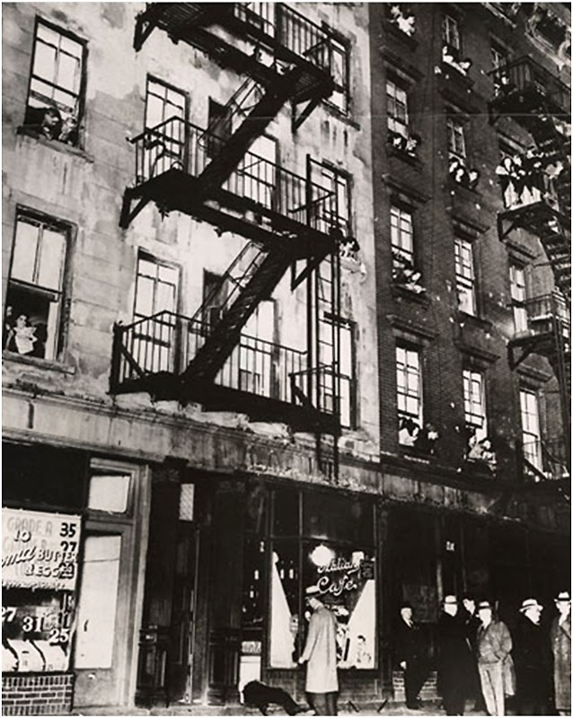 07_weegee_assassinato dono cafe prince street_1939.jpeg