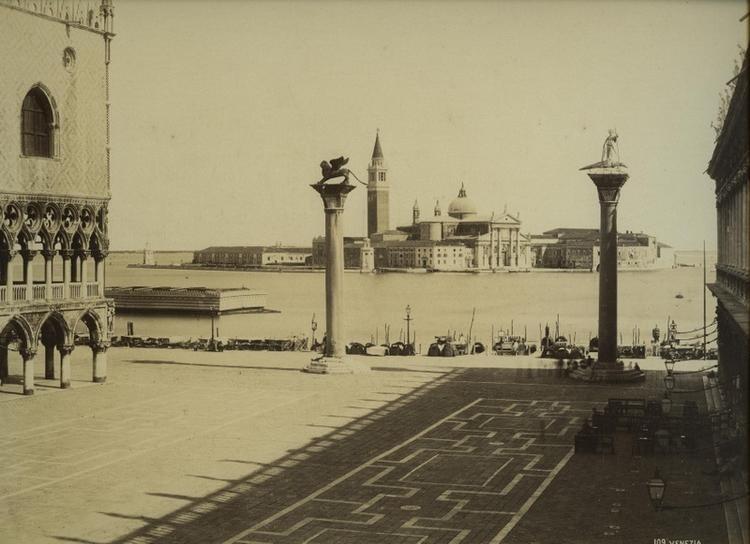 Naya,_Carlo_(1816-1882)_-_n._109_-_Venezia_-_Piazzetta_San_Marco.jpg