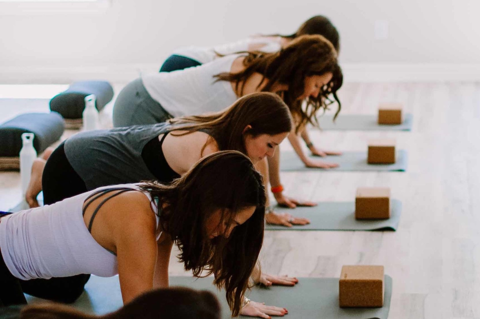 Open+Studio+Pilates+Classes+at+The+Breathing+Room+I+women+doing+pushups