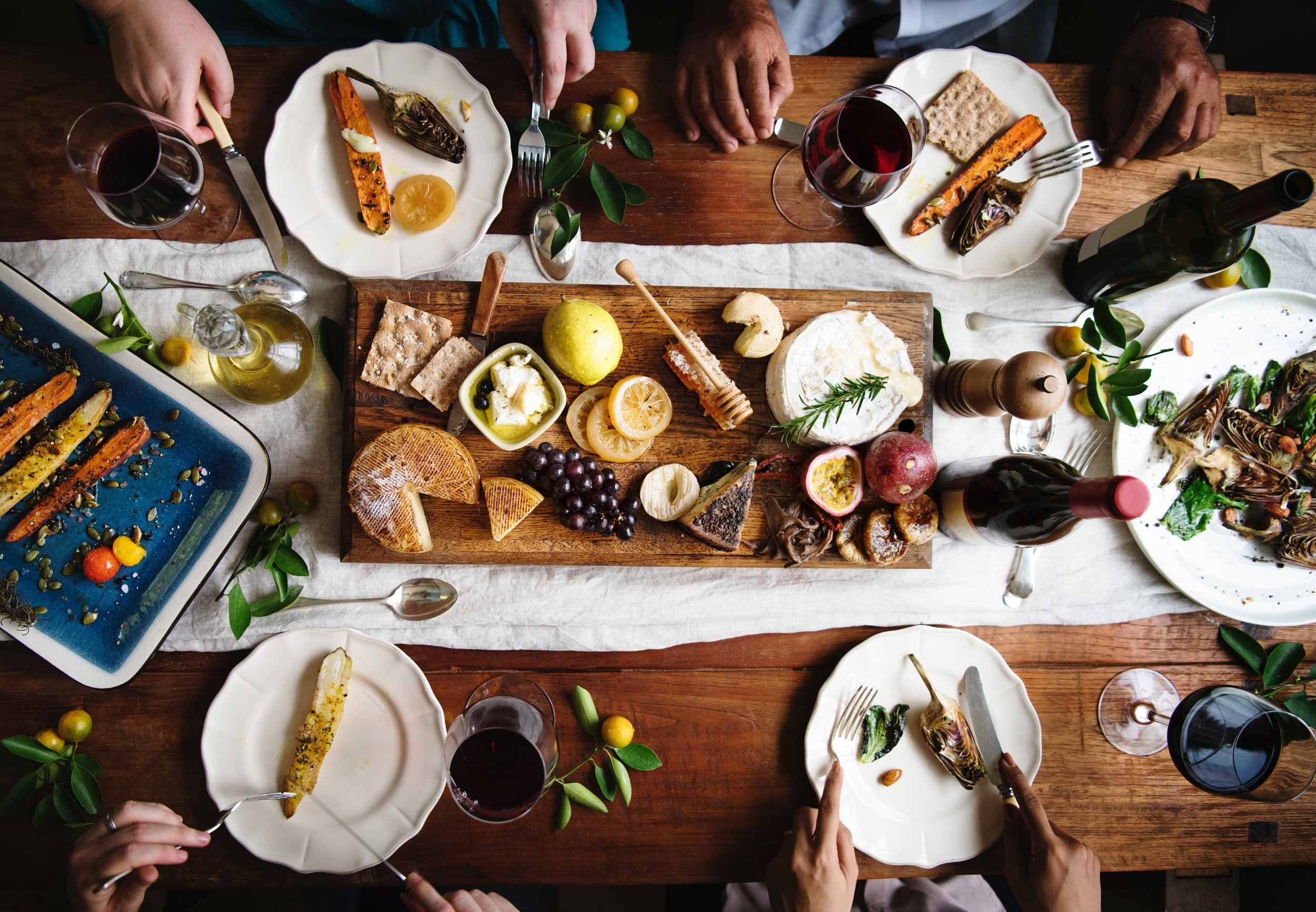 bread-cheese-cheese-platter-1893609.jpg