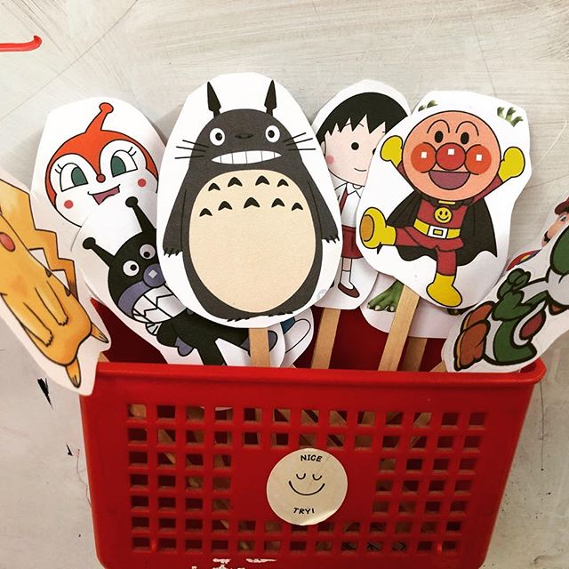 """How well do you know your Japanese characters? これで幼稚園クラスでも大人レベルクラスでも使う。""""Hello, my name is anpanman"""" とか、どんな特徴があるとか色々なゲイムが出来る。Who is your favorite character? #abcenglishschool #yamagata #letslearnenglish #英会話 #山形#japanesecharacters"""