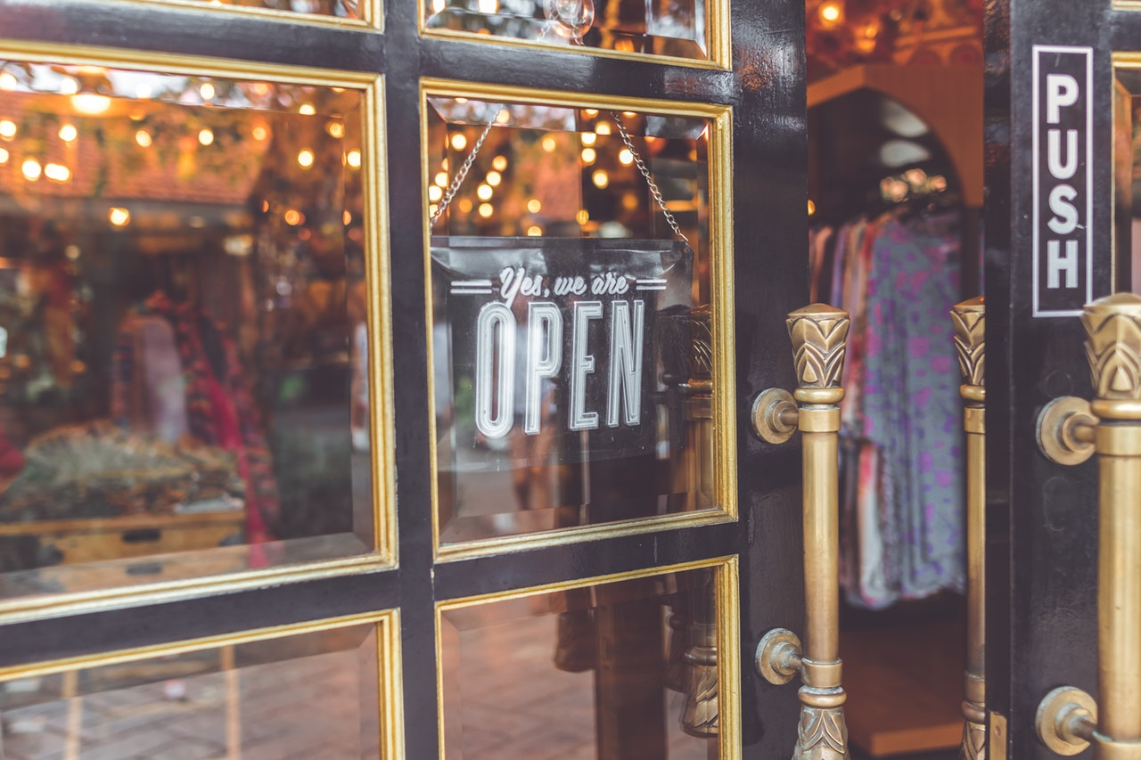 Referral Programs for Retail Stores - Grow your small, local retail store through word of mouth.