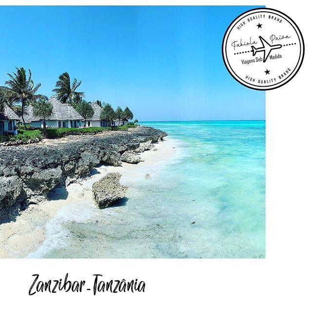 """Zanzibar na Tanzânia é um destino que evoca paisagens exóticas, noites árabes e faz parte do roteiro de destinos paradisíacos e de luxo. O mar tem variações únicas e cromáticas, típicas do Oceano Índico. E o diferencial? Neste lugar mora a incrível beleza natural, que é a principal atração do destino, e também a tranquilidade em frente às praias, que são ideais para descansar e desfrutar o sol. Praias de areia fina, branca e águas esverdeadas impressionam qualquer um. Como não se encantar com um lugar desses?! """"Vivo experiências e as indico."""": 34 99971.0040 (Whatsapp)  #FabiolaPaiva #FabiolaPaivaTur #ViagensSobMedida #Experiencia #Família #ViagememFamília #trip #agentedeturismo #Viagem #Zanzibar #Tanzânia #Paisagens #praias"""