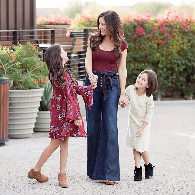 Your kids don't want a perfect mom; They just want a happy one. - When I realized that, it all changed for me. - I threw perfection out the window because that isn't attainable. - Fun, happy, healthy, present - That's what counts 💗 That's what they want. 🙌🏻 - My biz that I've grown right here in IG has given me the opportunity to be all of these things for them. For that I am forever grateful. - - - - #azliving #momlife #girlmom #azgirl #azmom #scottsdaleliving #scottsdalelife #girlswhogolf #sunday #weekend #fambam #arizona