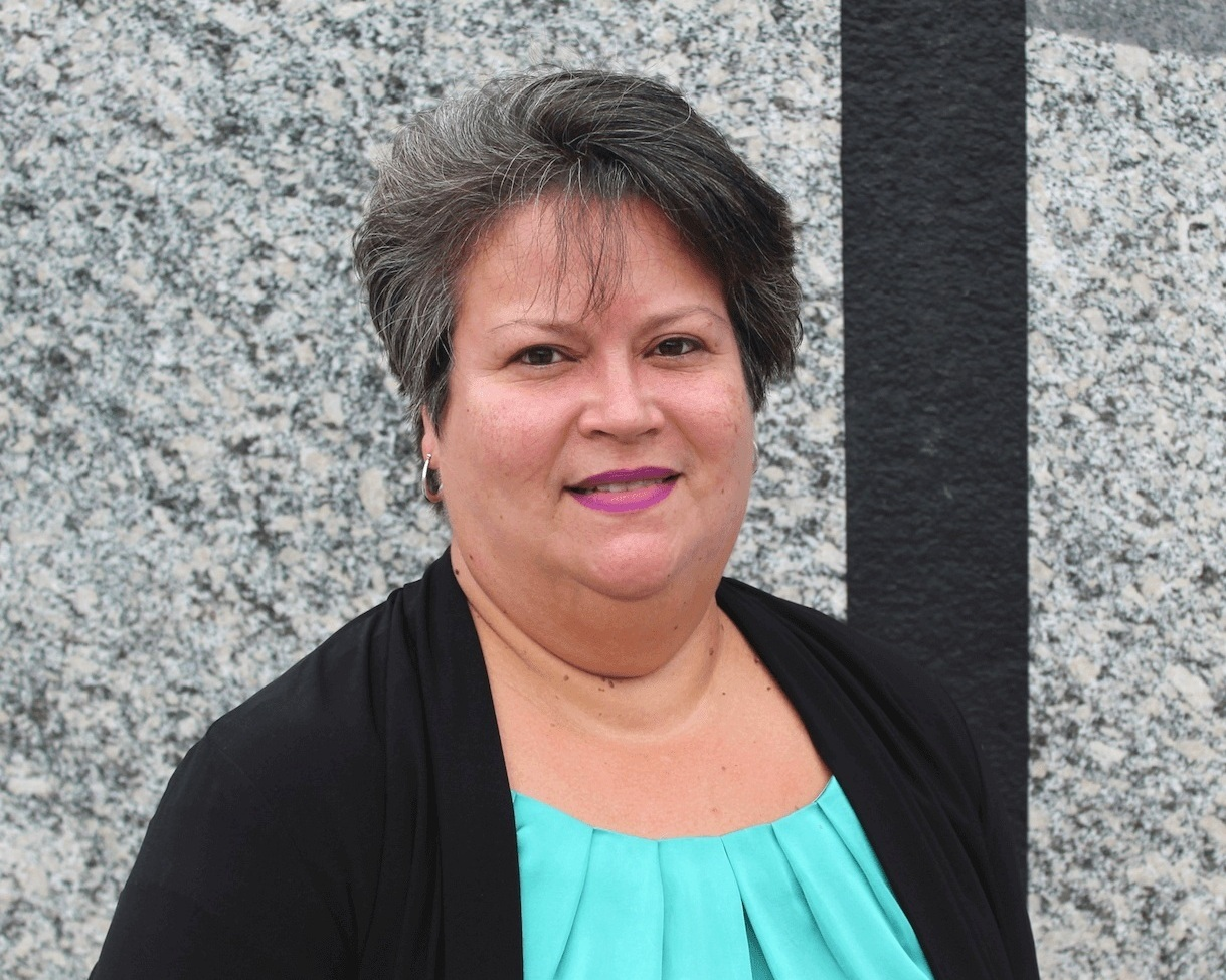 Elsie Cruz – Accounting Manager