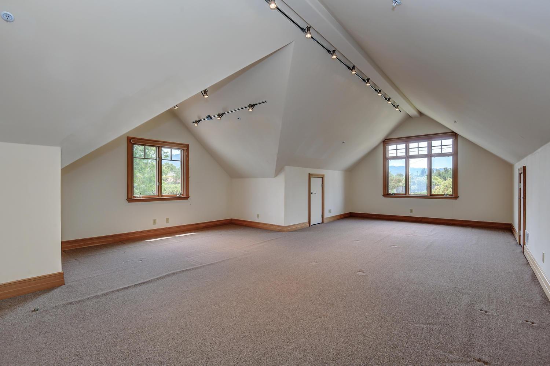 41_14833 Karl Ave Monte Sereno CA-large-064-62-Bonus Room-1500x1000-72dpi.jpg