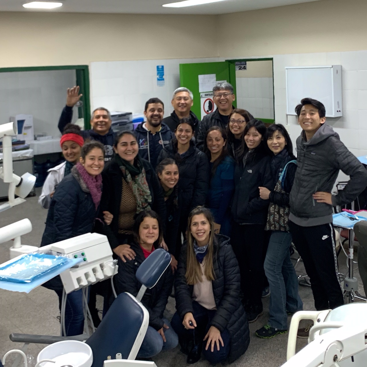 Our team just arrived at the hospital dental clinic and meeting some of the Paraguayan dental team