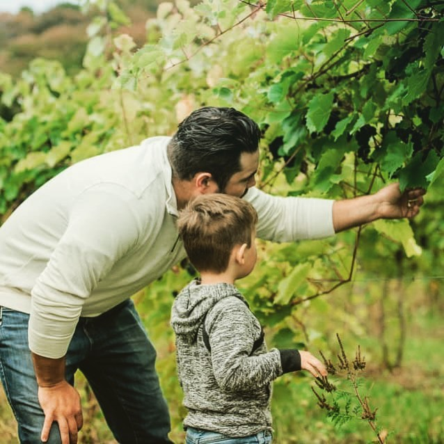 Winemaker and son @macktrailwinery
