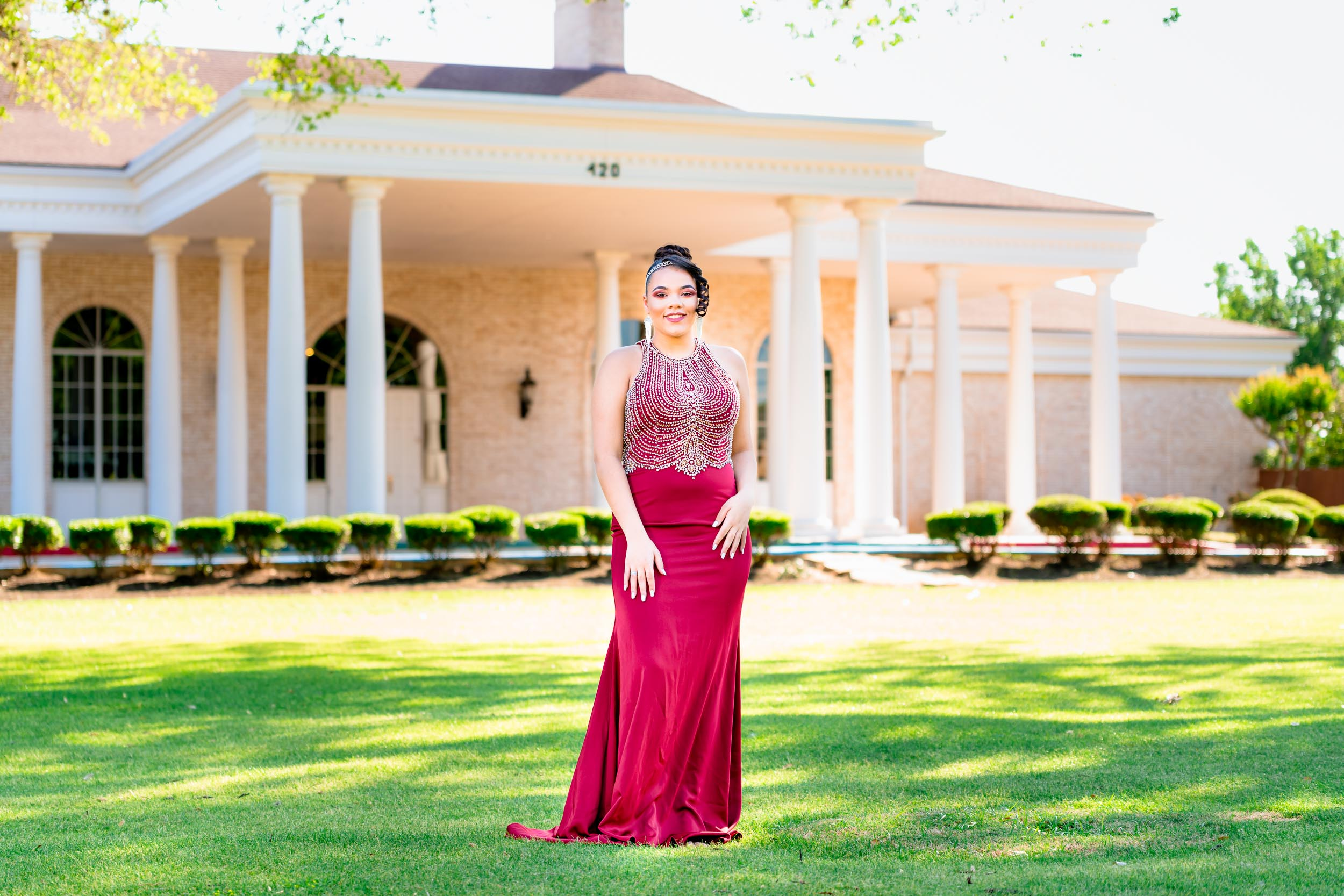 Senior Photographer Portrait Photographer Graduate Photographer College Graduate Photographer Houston Sugar Land Missouri City Sienna Plantation
