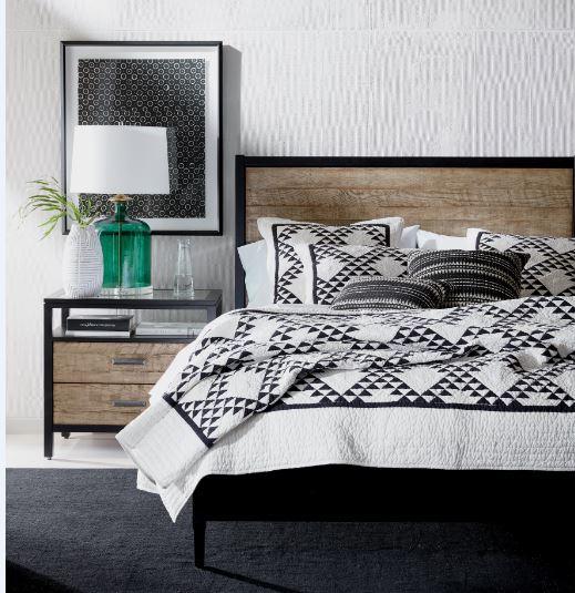 15979382_8_Lincoln Bedroom.JPG