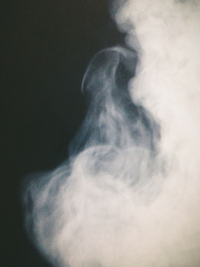 Monica-Galvan_photography-lost-smoke-color