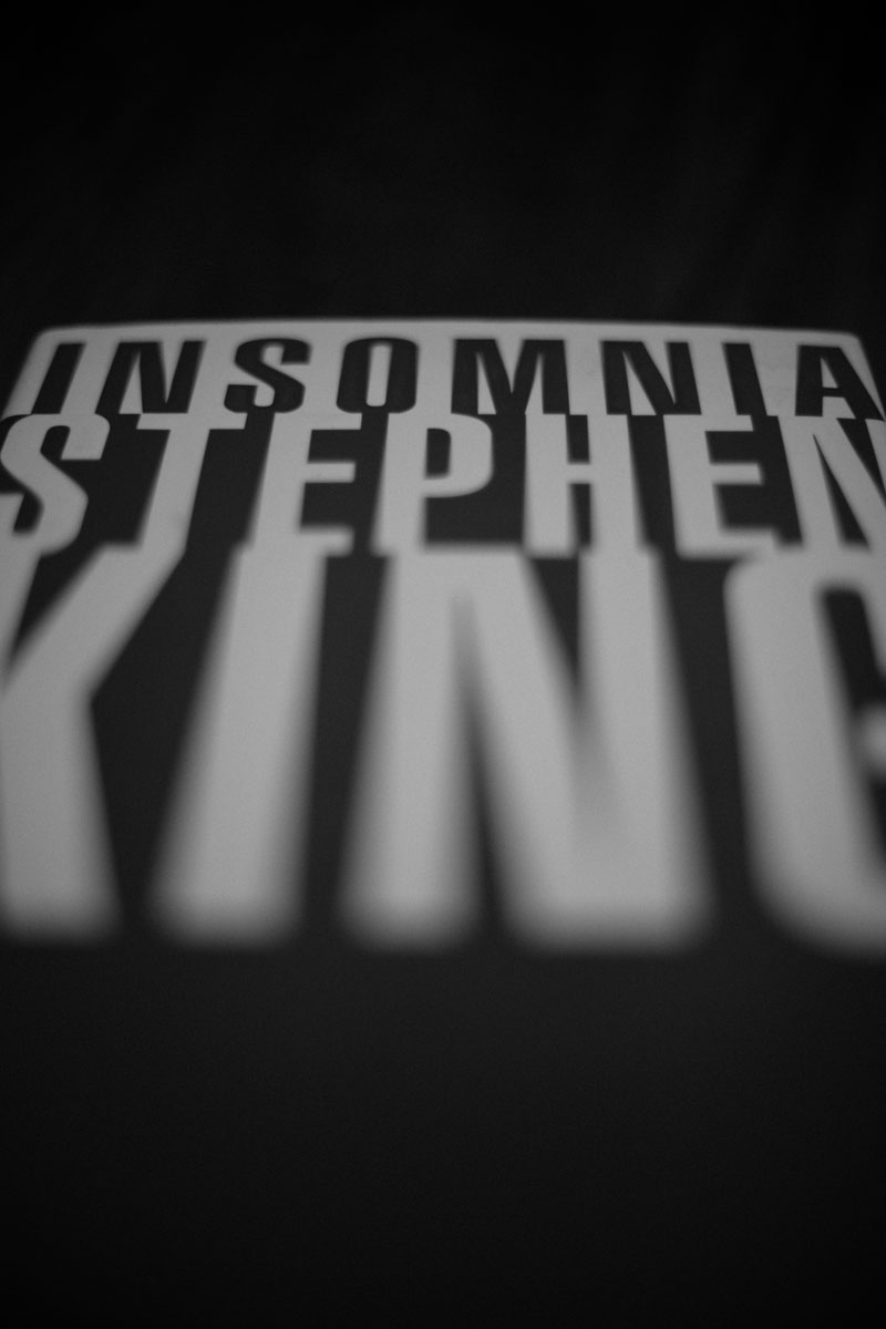 Stephen King, Insomnia, typography, black and white