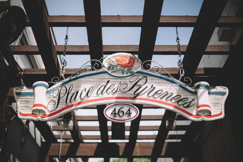 Sonoma Plaza signage