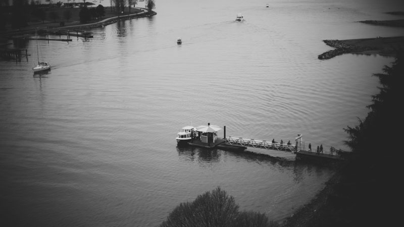 Monica-Galvan-Photography_Vancouver-British-Columbia-Canada_Sunset-Beach-Views-from-the-Burrard-Bridge_043