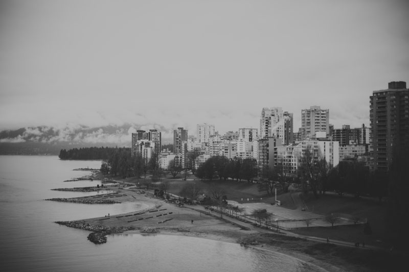 Monica-Galvan-Photography_Vancouver-British-Columbia-Canada_Sunset-Beach-Views-from-the-Burrard-Bridge_057