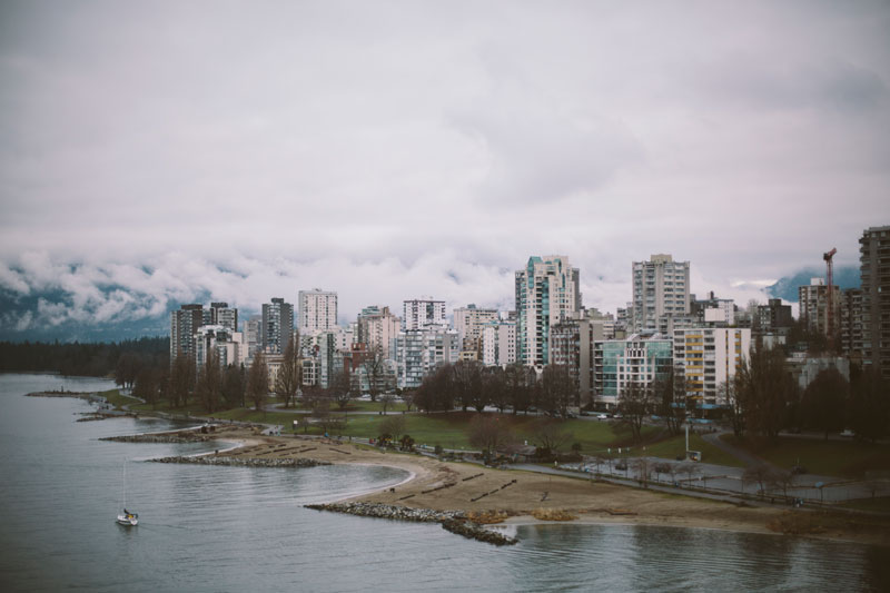 Monica-Galvan-Photography_Vancouver-British-Columbia-Canada_Sunset-Beach-Views-from-the-Burrard-Bridge_076
