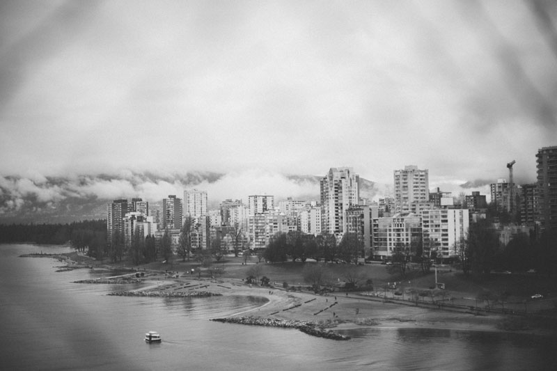 Monica-Galvan-Photography_Vancouver-British-Columbia-Canada_Sunset-Beach-Views-from-the-Burrard-Bridge_099