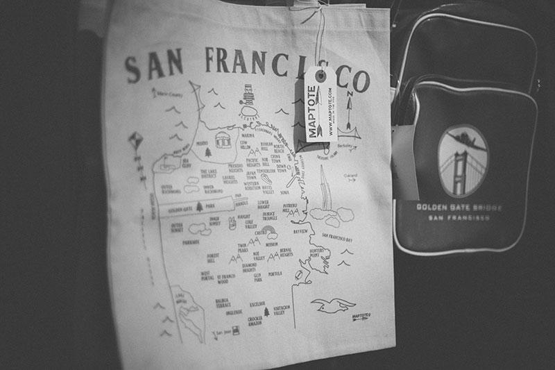 Golden Gate Welcome Center Souvenir Gift Shop