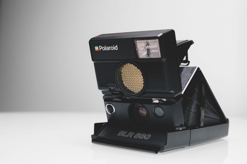 Polaroid SLR 680 instant film camera unboxing