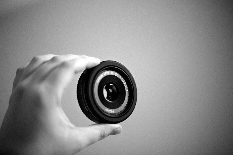Canon 40mm f/2.8 STM prime lens
