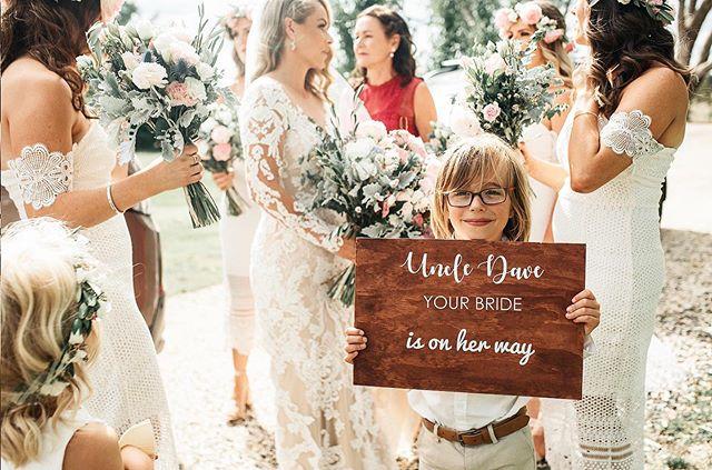 uncle dave your bride is on her way!!!!! 😍😍😍 #melbourneweddingphotographer #melbourneweddings #yarravalleyweddings #marnongestate @weddingsonpoint #weddingsbyyourstruly @weddingsbyyoutstruly #luxurywedding