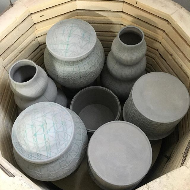 Packed to the gills! What a handsome kiln load. Looking forward to the finished results. #kiln #ceramics #bisque #nyceramics #stacked #homedecor #design #surfacedesign #fragile