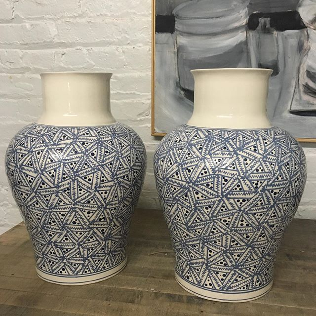 The Hadley design in Cobalt on the ever popular Soft Shoulder shape. Boy does it take time to do! Take a look at the new website gallery page for more surface options. #royhamilton #royhamiltonceramics #nydesign #design #decor #homedecor #hadley #cobalt #nyceramics #clay #ceramic #vase #sliptrailing