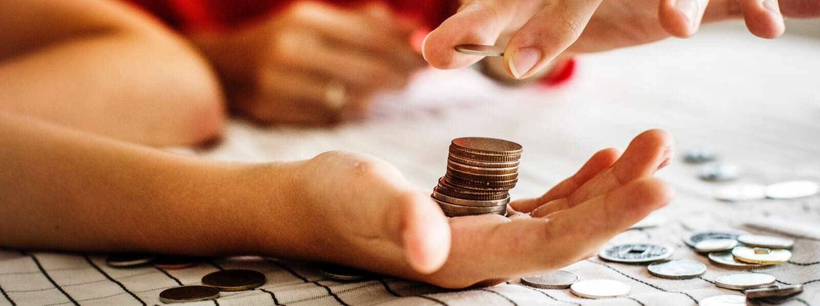 adult-banking-blur-1288483-e1534963354421-1600x598.jpg