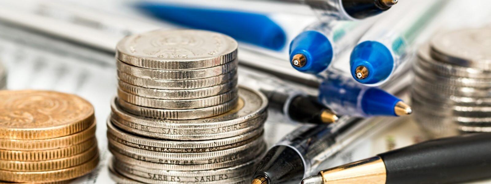 budget-cash-coins-33692-1600x600.jpg