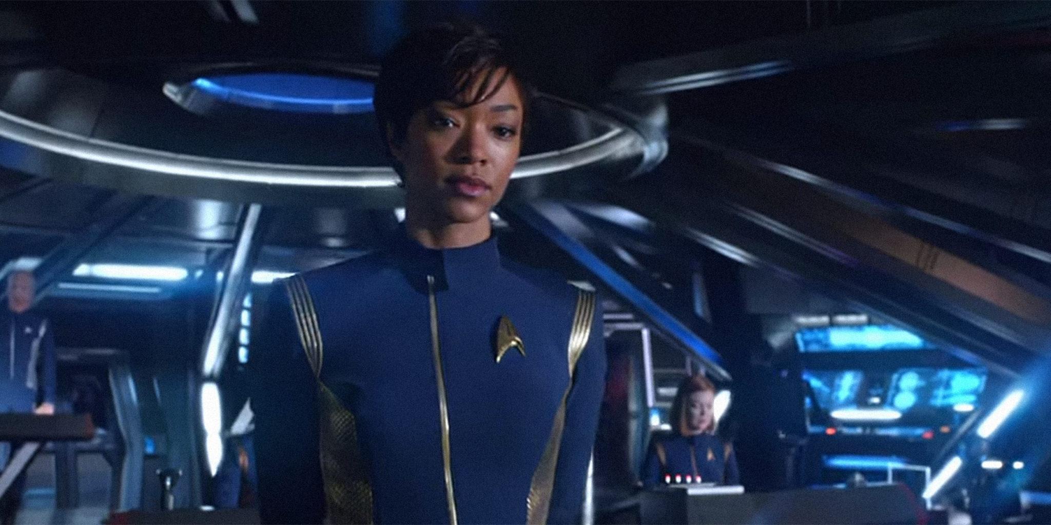 O tom mais dark - Discovery recebeu várias críticas porque em comparação às outras séries é bem pouco otimista, especialmente na 1ª temporada. Mas eu particularmente gosto!