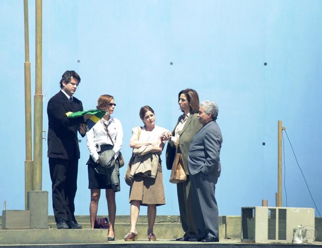 Os Aspones (2004) - Selton Mello, Andréa Beltrão, Drica Moraes, Marisa Orth e Pedro Paulo Rangel. Como ser ruim?