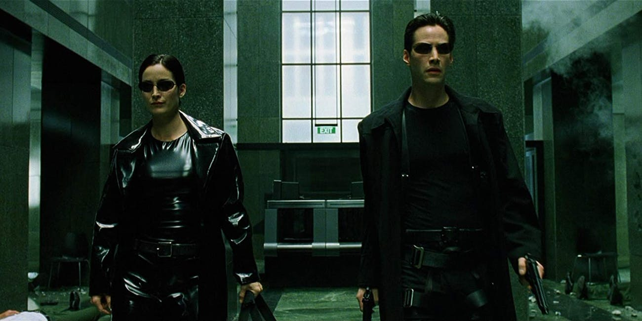 The Matrix (1999) - É quase 2000, na verdade, e resume a estética minimalista para a era da Internet