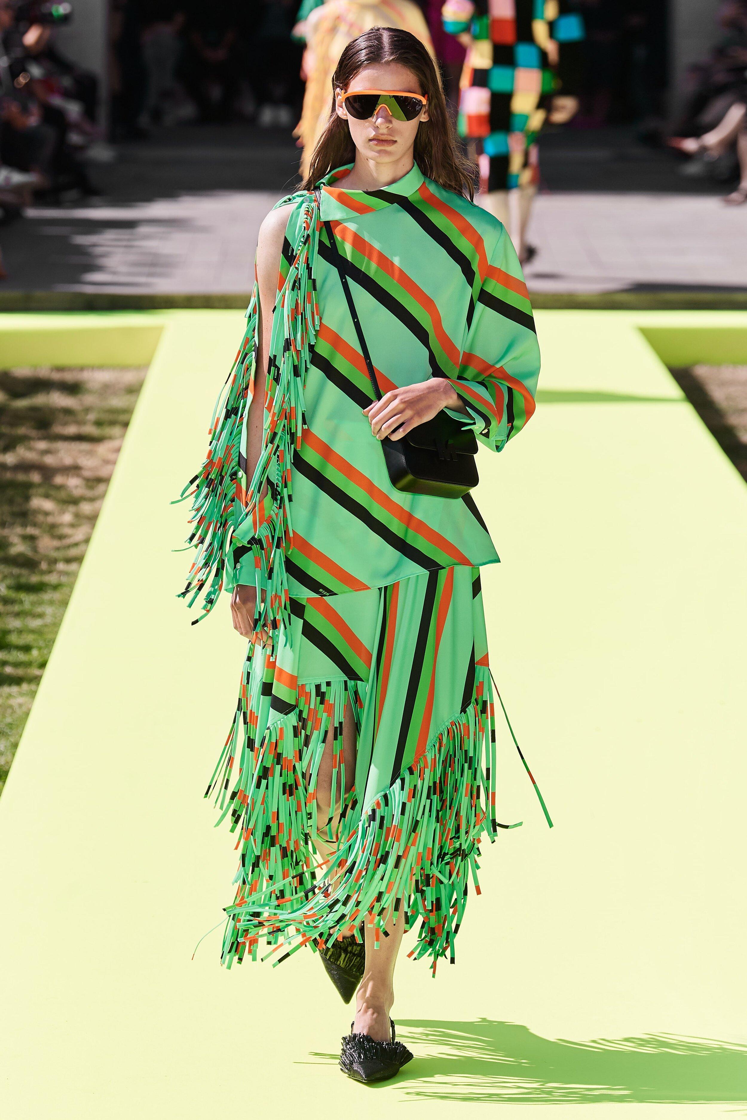 Nova Scarlett O'Hara - Essa usou a rede em vez da cortina. Mas eu gostei?! kkkk Look da MSGM