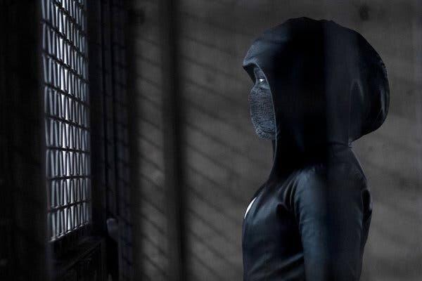 Sister Night (Regina King), uma nova personagem para uma nova história