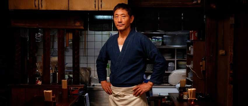 Kaoru Kobayashi  faz o papel do Master, o dono e cozinheiro do izakaya que aparece em todos os episódios