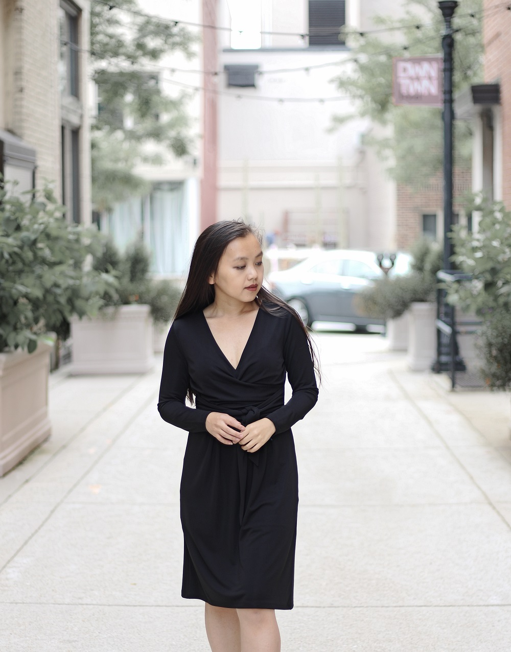 looksbymc-black-wrap-dress-02-a.jpg
