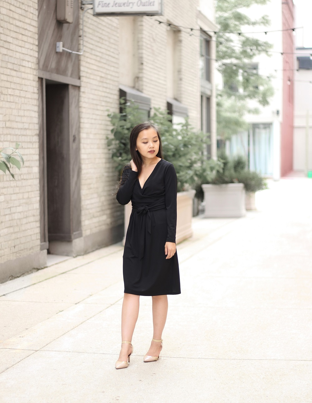 looksbymc-black-wrap-dress-00-a.jpg
