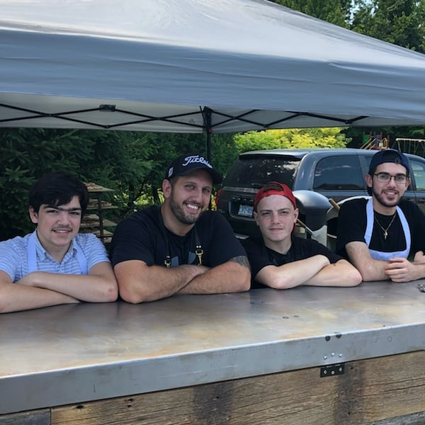 whole gang's here  #pizza #privatecatering #summer #crostapizzaco #crostacatering