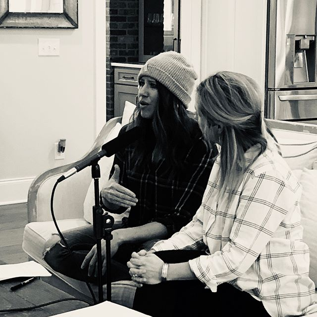 We love every opportunity we get to interview amazing people. Those we feature on the Coming Unglued podcast are change warriors, risk takers, goal slayers, thought leaders, and pattern-breakers. We learn as much as you do in every episode! In case you have missed the power of community, check out all eight episodes of Season 1 of the Coming Unglued podcast (LINK IN BIO)! ⠀⠀⠀⠀⠀⠀⠀⠀⠀ .⠀⠀⠀⠀⠀⠀⠀⠀⠀ .⠀⠀⠀⠀⠀⠀⠀⠀⠀ .⠀⠀⠀⠀⠀⠀⠀⠀⠀ #podcast #podcasts #podcasting #coming_unglued_official #kim_anderson_life #life_by_loriz #counselor #lifecoach #nutrition #health #fitness #empowered #courage #vulnerability #work #goals #itunes #podcastinglife #nashville #interview #marketing #bossgirls #life #inspiration #relationships #music #changewarriors #antidiet #anxietycleanse