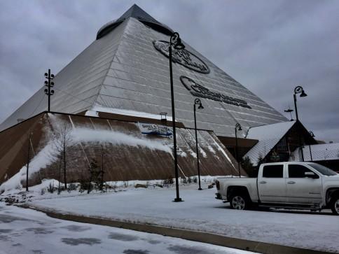 pyramid_snow.jpg